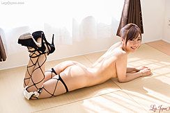 Yoshida Mio Lying Nude On Floor Nice Ass Feet Raised In High Heels Wearing Stockings